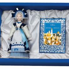 """Набор """"Гжельские мотивы"""": кукла декоративная, шоколадные конфеты """"Конфаэль"""""""