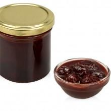 Варенье из вишни с шоколадом и коньяком с подарочной оберткой