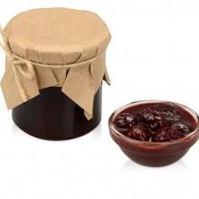 Варенье из вишни с шоколадом и коньяком в подарочной обертке